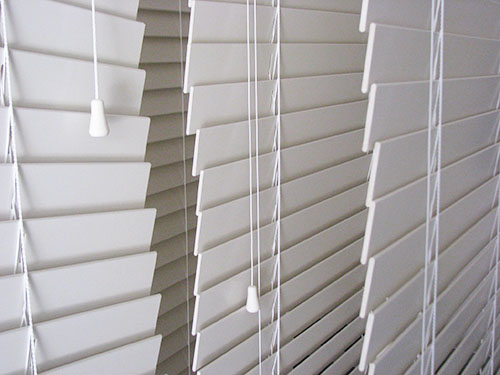 blind ny rochester blinds com dirtyblinds buffalo ultrasonic in photos gray cleaners cleaning mini